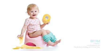 Hướng dẫn tập cho trẻ đi vệ sinh sớm