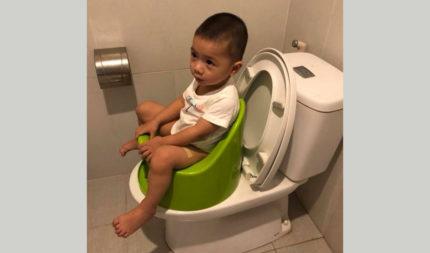 Best way to clean baby bum