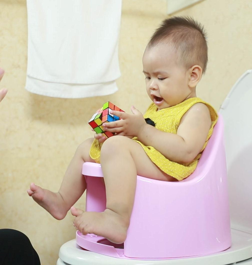 Hướng dẫn vệ sinh cho trẻ với bô boom potty