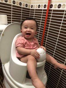 Đánh giá của chị Thanh Thúy về bô rửa Boom Potty